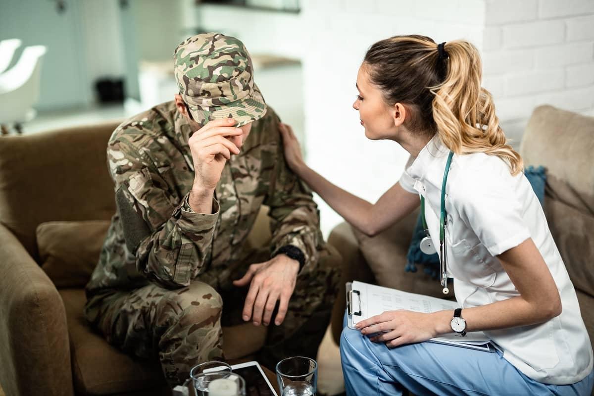 devenir infirmière militaire